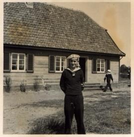 Bootshaus Buschhagen 1937 mit Marine-HJ - Ost-Ansicht